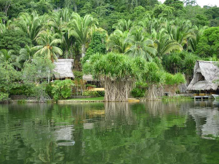 livingston guatemala huts