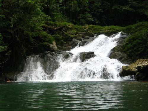 Seven_altars_waterfall